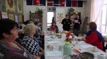 В читальном зале состоялось заседание клуба замещающих семей совместно с отделом опеки и попечительства